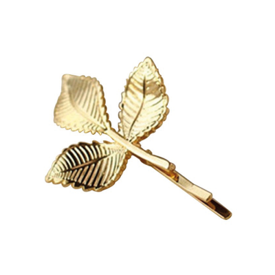 Gold Hairpin With 3 Leaves